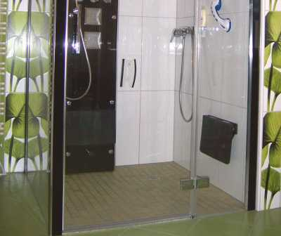 dusche gefliest bilder beispielseite badezimmer fliesen. Black Bedroom Furniture Sets. Home Design Ideas